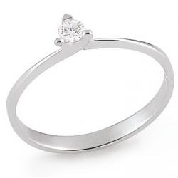 Diamond ring 3 prongs 10.