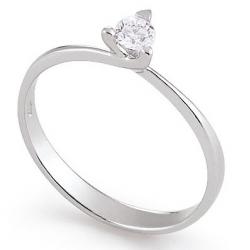 Diamond ring 3 prongs 5.