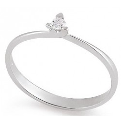 Diamond ring 3 prongs 5.